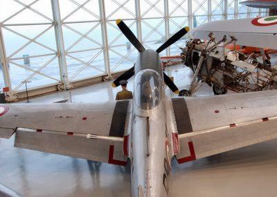 NORTH_AMERICAN_P-51-D_MUSTANG_4
